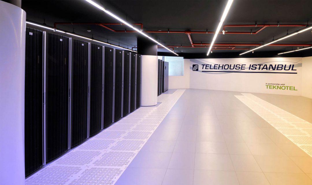 Teknotel Blog-Kesintisiz Veri Merkezi Servisleriyle-1
